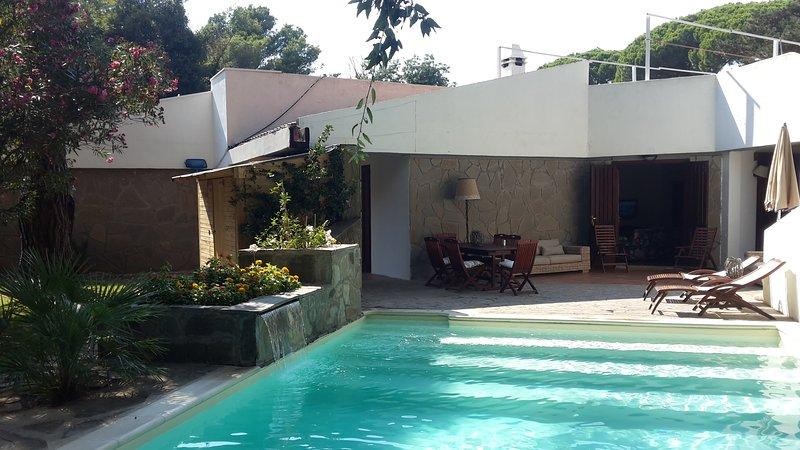 ROCCAMARE Villa con piscina e spiaggia privata, location de vacances à Castiglione Della Pescaia