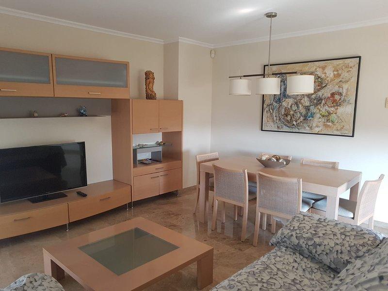 EDIFICIO PENTAGONO, location de vacances à Burjassot