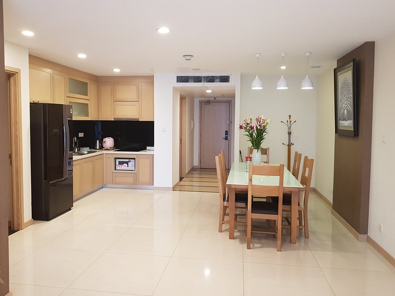 Thang Long Number One Luxury Apartment, holiday rental in Luong Son