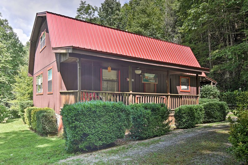 NEW! Cabin w/ Decks, Near Nantahala Outdoor Center UPDATED ... on nantahala cottage gable house plan, small brick ranch style house plan, tranquility house plan, bungalow home plan nantahala floor plan, mountain cottage floor plan, nantahala house plans bungalow, craftsman house plan,