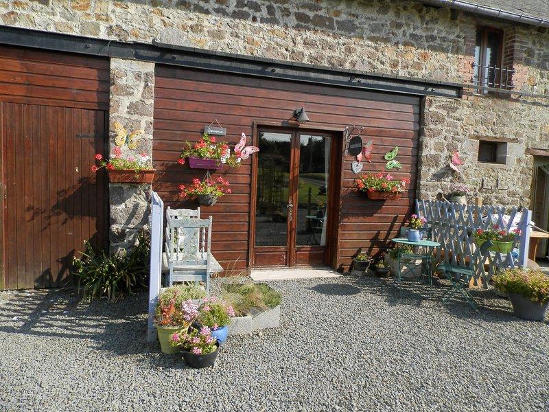La Maison Sans Soucis Gites Le Bleuet, casa vacanza a Tessy-sur-Vire