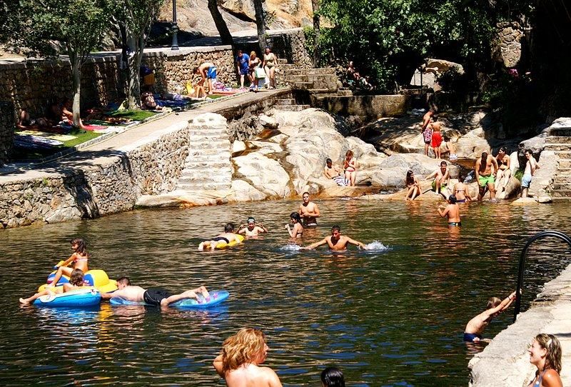 natural pool of Casas del Monte