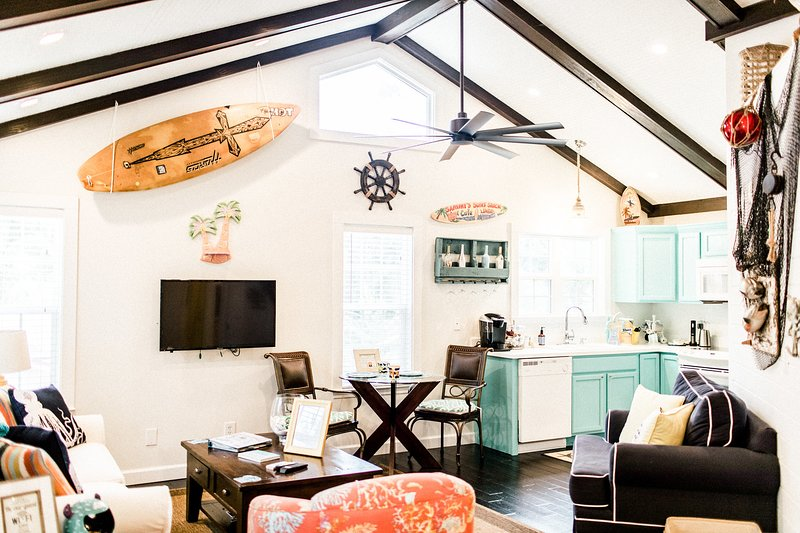 The cottage is so relaxing with the high ceilings, beach and Island themes running throughout.