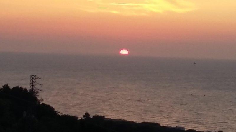 puesta de sol desde la terraza