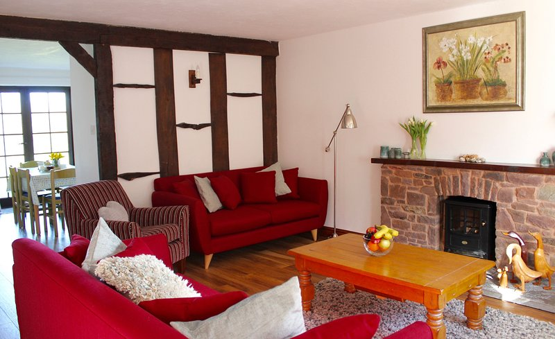 Otter Cottage, holiday rental in Honiton