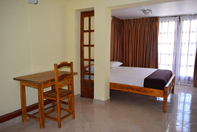 Mansion Guest House - Bedroom 2, holiday rental in Uppuveli