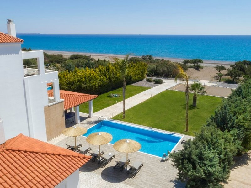 Gennadi Luxury Villa with Pr. Pool, holiday rental in Lachania
