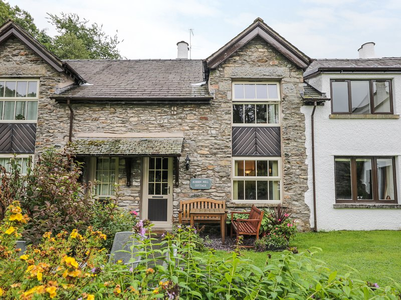 BOBBIN MILL,dog friendly,private parking, complimentary leisure club membership, vacation rental in Bowland Bridge