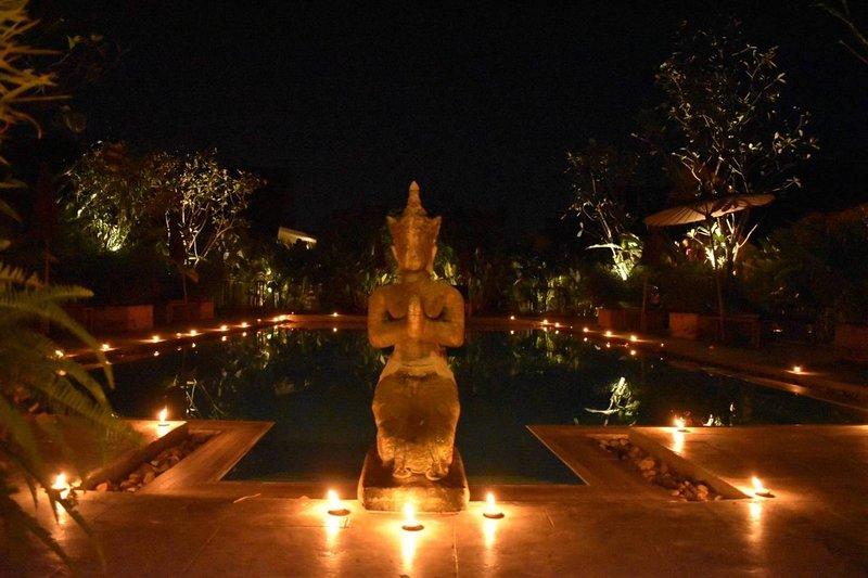 Chiang Mai-EnchantedGarden #5+6-2 B'rms-Sleeps 4+, holiday rental in San Phranet