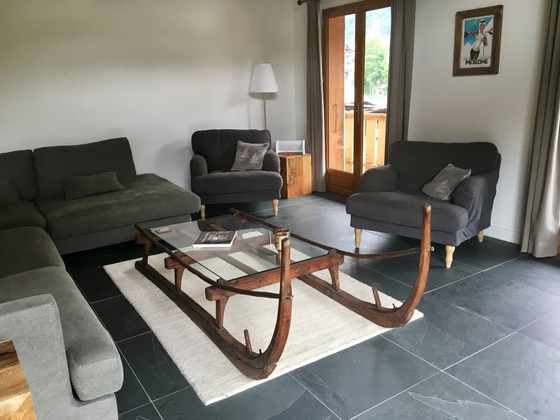 Luxury flat in center of Morzine! Perfect for 8 (M1), vacation rental in Avoriaz