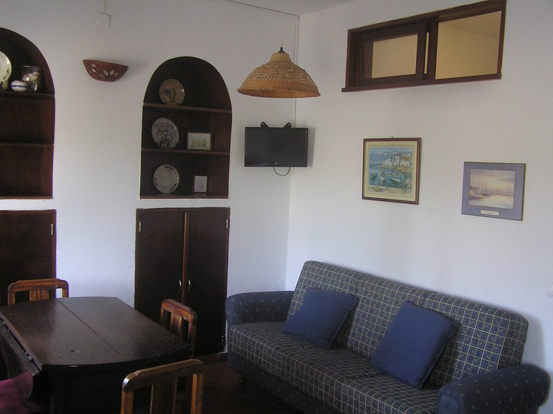 Nice apt with sea view, vacation rental in Odeceixe