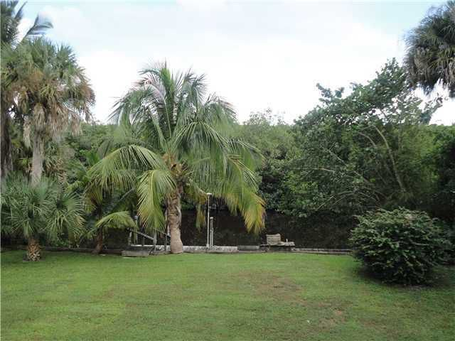 Waterfront Home in Upscale Palm City Neighborhood, holiday rental in Port Salerno