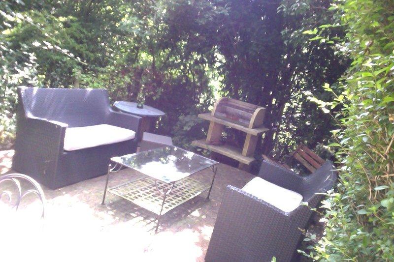 Joli meublé T2 terrasse bord de mer, vacation rental in Saint-Brieuc