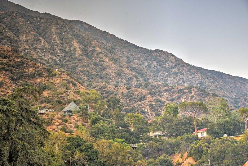La belle frontière de San Gabriel Foothills Sierra Madre et votre location de vacances.