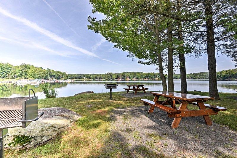 Los picnics junto al lago hacen que cualquier día sea memorable.
