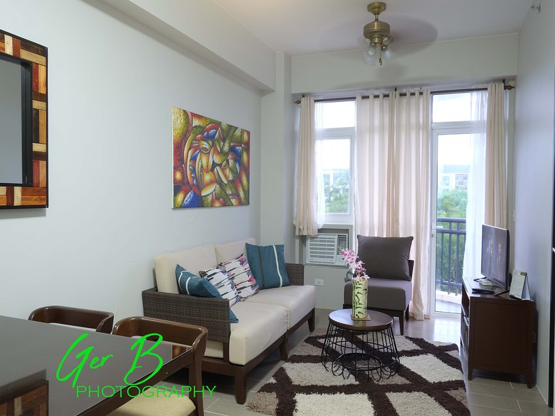Gerbi's Condoplace at Oceanway Residences, holiday rental in Panay Island