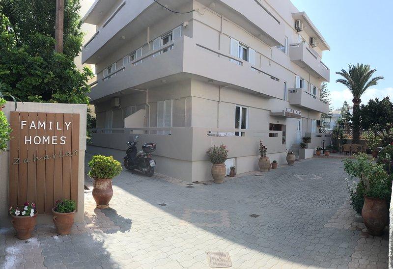 Family Homes Zaharias (Perivolia), vacation rental in Rethymnon