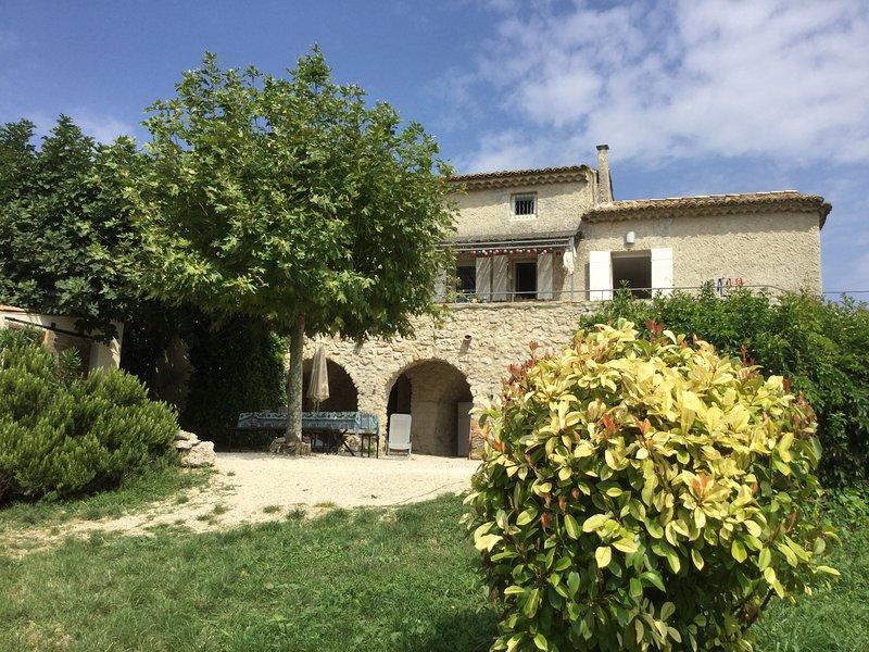 Maison de vacances entièrement restaurée, vacation rental in St Just d'Ardeche