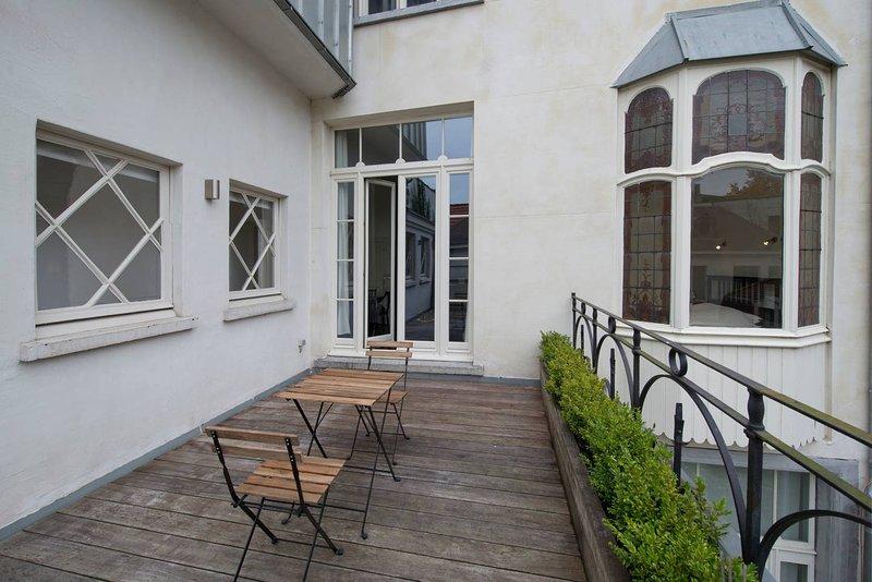 Saint Pauls Suite 6, holiday rental in Sint-Gillis-Waas