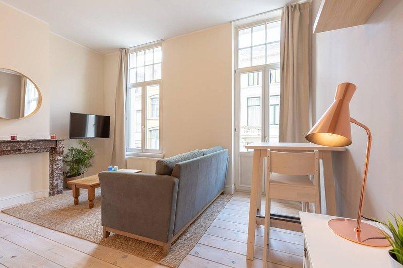 Zurenbourg Charming 45, holiday rental in Nijlen