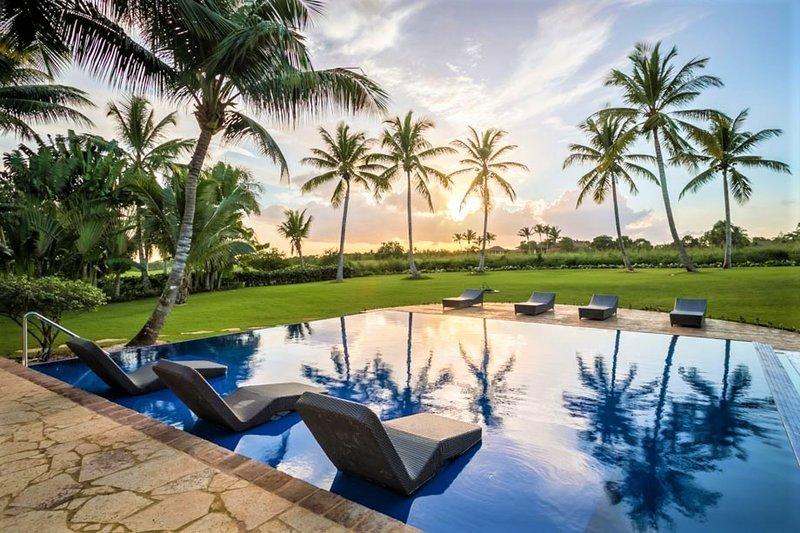 Lujo - 5 Bedroom Villa at Casa De Campo - Book Now, location de vacances à La Romana