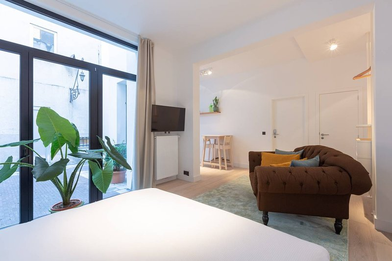 Theater Square Apartments 52, Ferienwohnung in Rumst