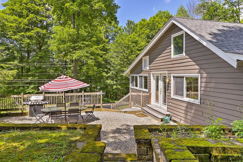Find a home-away-from-home at this Stockbridge vacation rental!