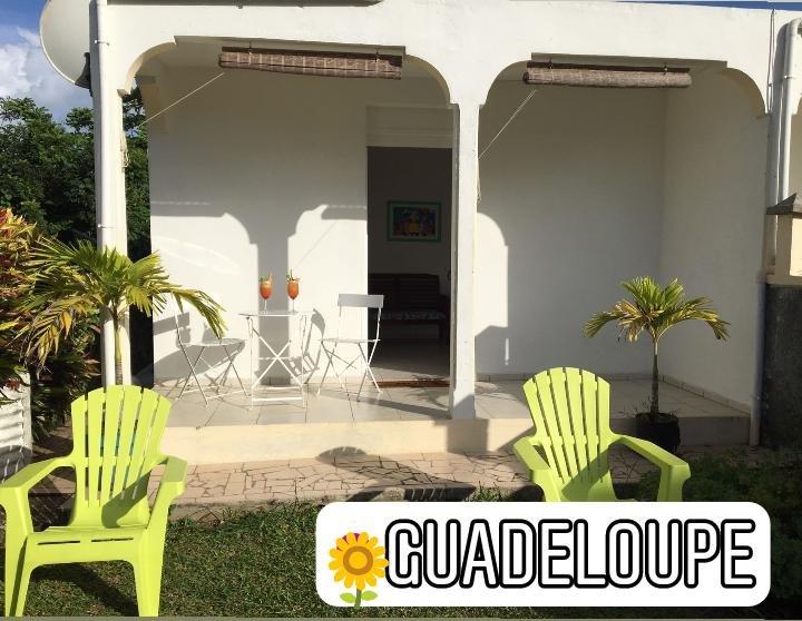 Envie de profiter de la Guadeloupe en famille ou à deux ?, casa vacanza a Sainte Rose