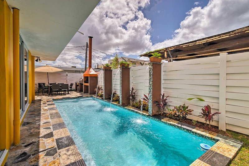San Juan House Near Beach w/ Private Pool & Deck! – semesterbostad i Carolina