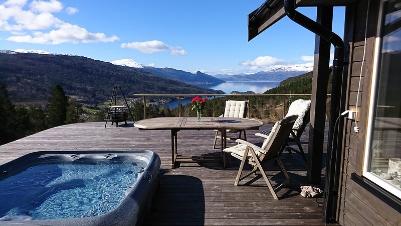 Trolltunga Lodge, location de vacances à Granvin