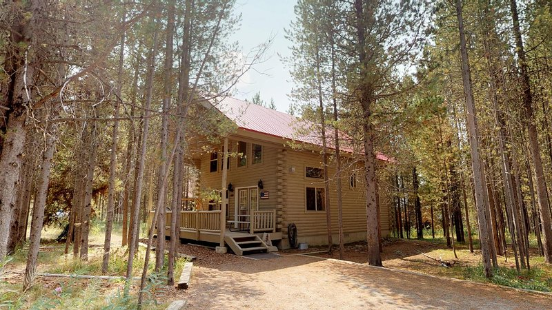 If your looking for a secluded cabin Black Forest is your place.