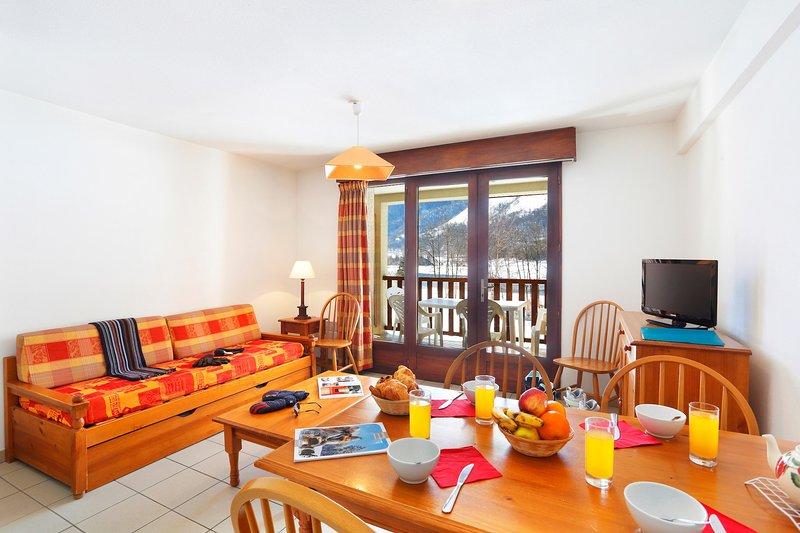 ¡Bienvenido a nuestro encantador apartamento de 1 habitación en el lago Génos!