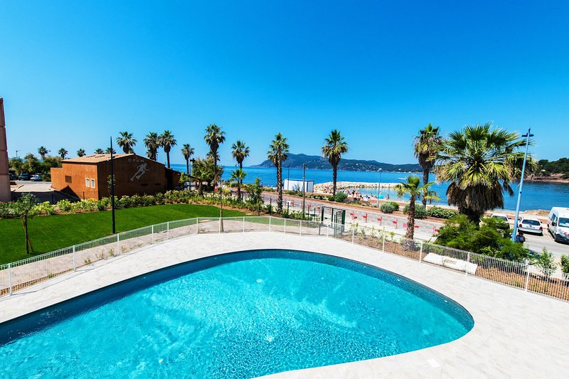 Take a swim in this lovely seasonal pool overlooking the Med!