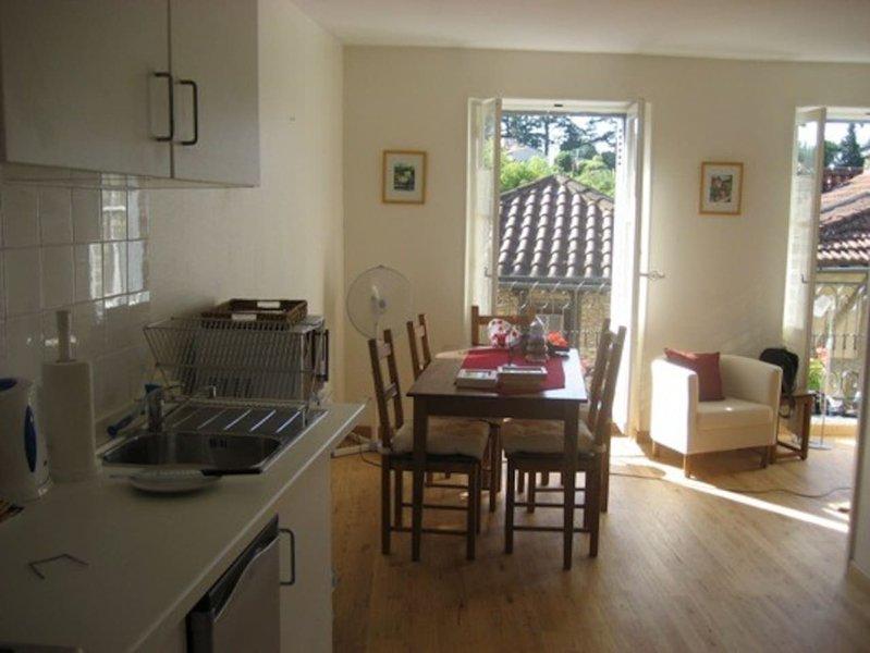 Apartamento 2 cocina y comedor