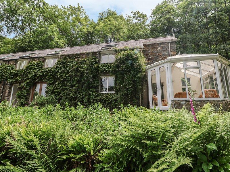 AFON MORFA, spacious cottage with private swimming pool, near Fairbourne, location de vacances à Arthog