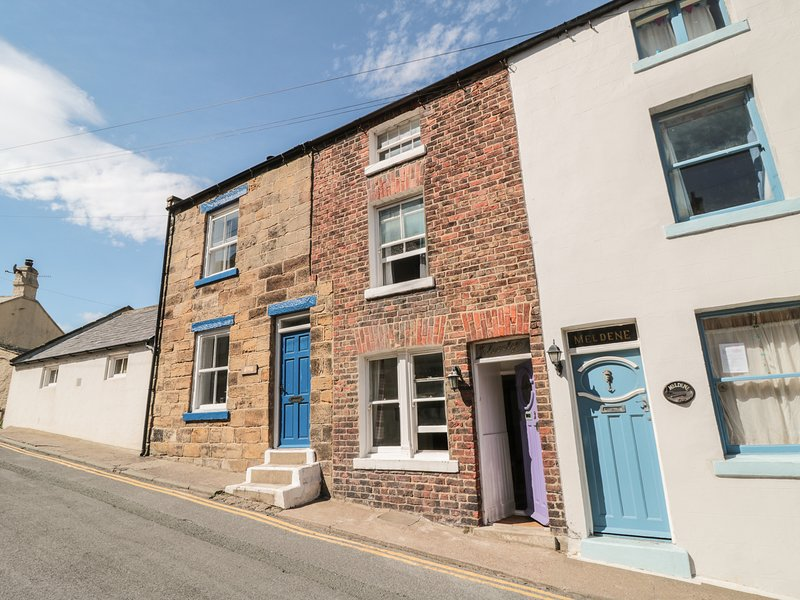 CLEVELYN, over four floors, in Staithes, vacation rental in Staithes