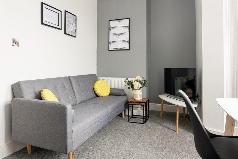 MYUKSuites - Ground floor 2 bedroom duplex flat, alquiler de vacaciones en Kingston-upon-Hull