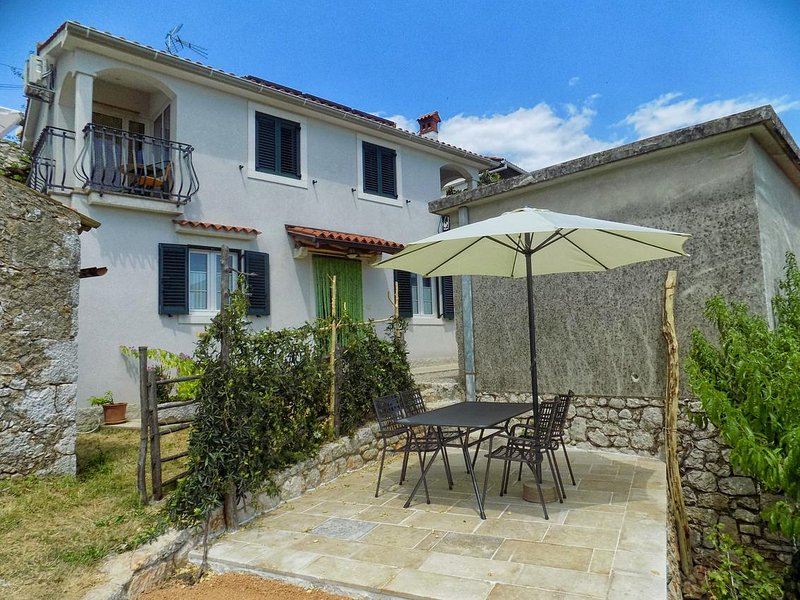 Zagorje Apartment Sleeps 4 with Air Con - 5471785, holiday rental in Filozici