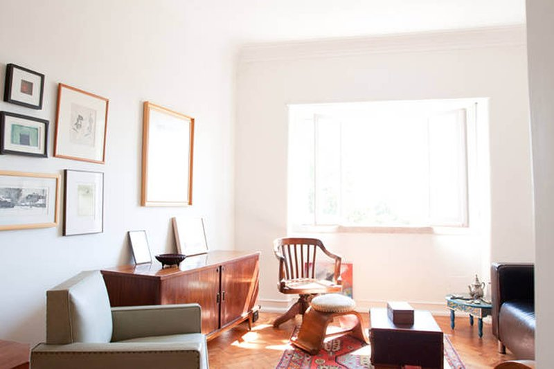 Charming Lisbon riverfront flat, casa vacanza a Porto Brandao