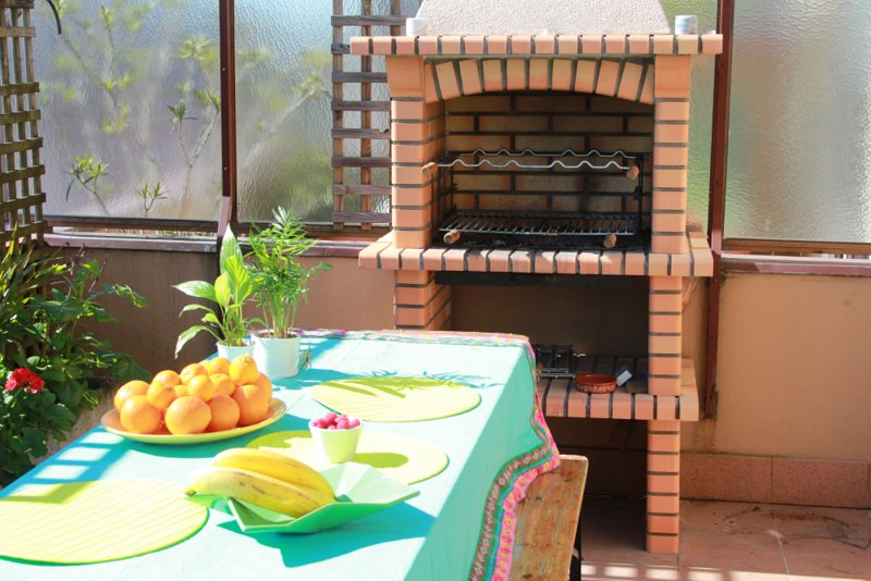 Cozy apartment with terrace and parking, holiday rental in Avintes
