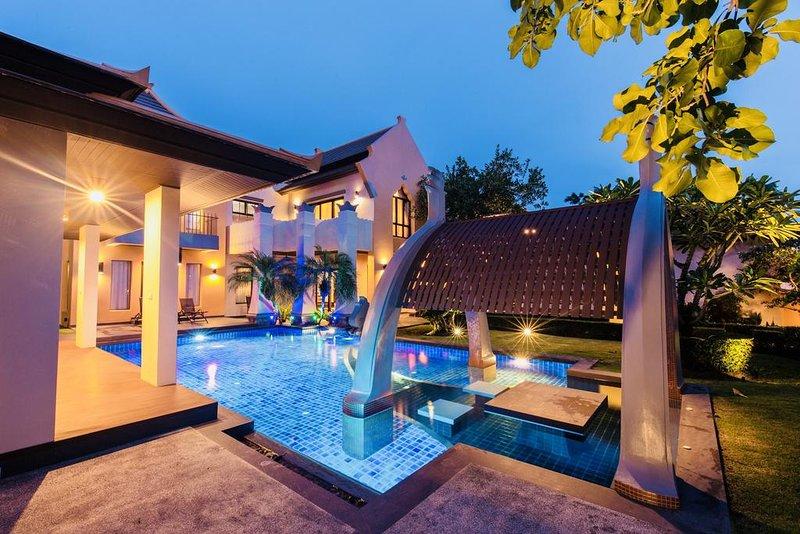 THE SIGNATURE VILLA(S-40), aluguéis de temporada em Nong Prue