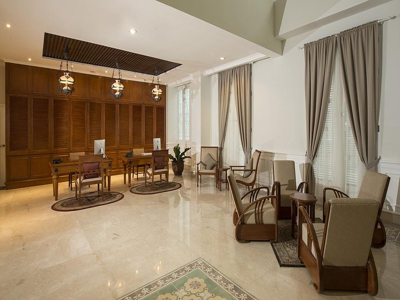 Indies Heritage Accommodation (Deluxe King Room 6), holiday rental in Banguntapan