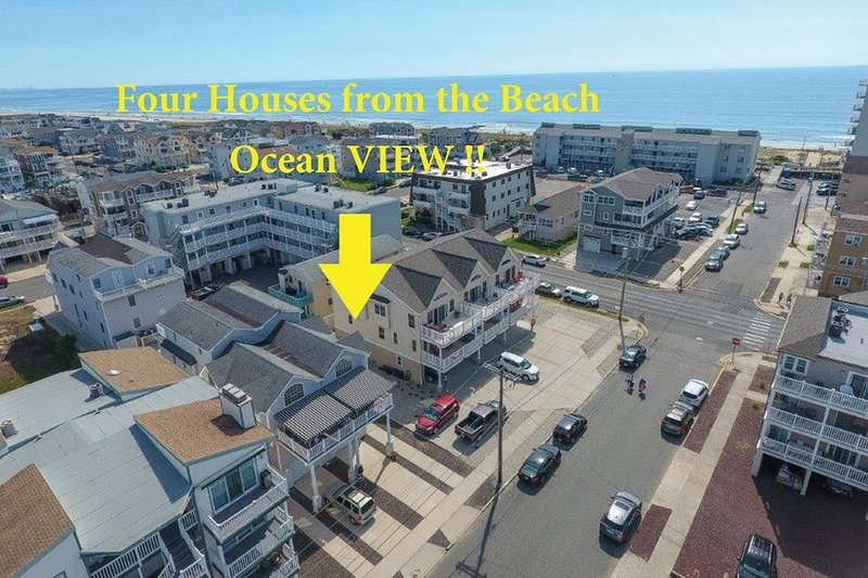 FOUR HOUSES FROM THE BEACH !!!