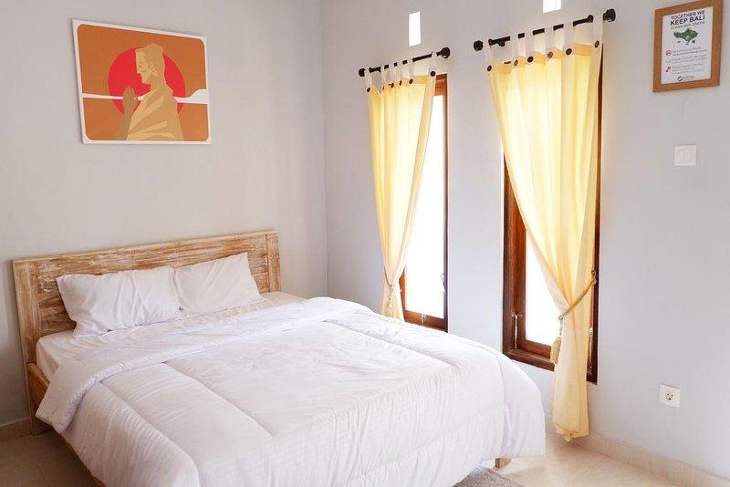 La nostra camera accogliente e spaziosa con Teak Wook Modern Rustic Interior