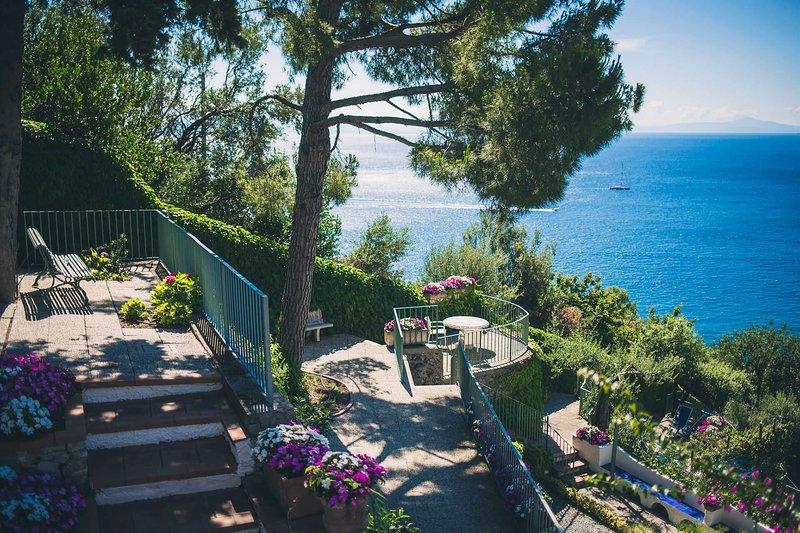 Villa Sole di Amalfi, vacation rental in Vettica