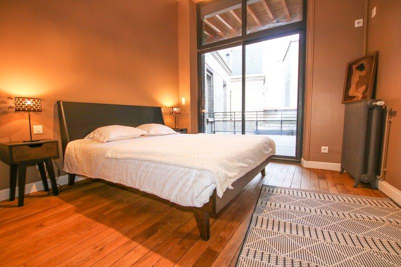 REIMS-ESCAPADE ARBALETE - 60 m2 pour 4 personnes et une jolie terrasse, location de vacances à Reims