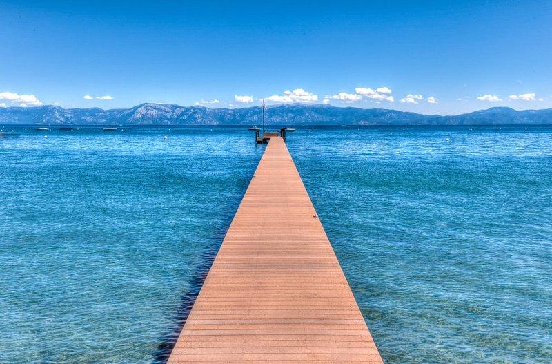 Muelle privado con sensacionales vistas al lago y a la montaña