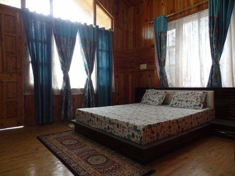 Satyam Homestay: Room 1, alquiler vacacional en Kullu