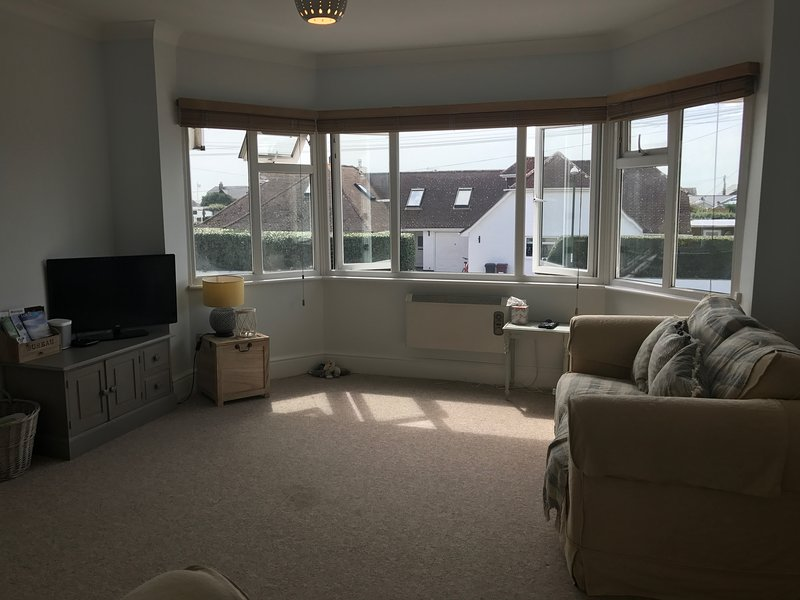 Spacious, Light and Airy Space, East Wittering Beach & Village, alquiler de vacaciones en East Wittering