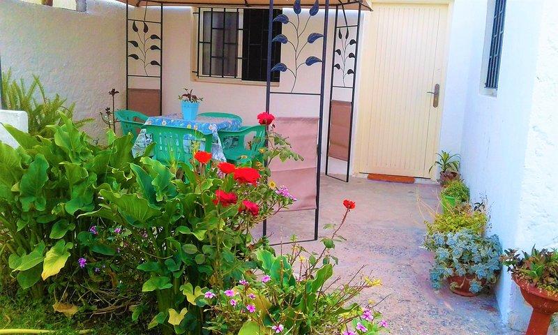 Charming small villa near to the beach, vacation rental in Rabat-Sale-Zemmour-Zaer Region